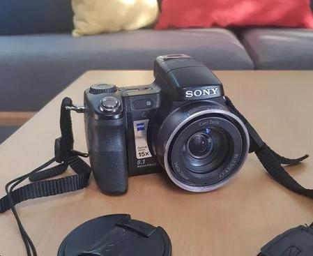 دوربین عکاسی حرفه ای سونی فول اچ دی